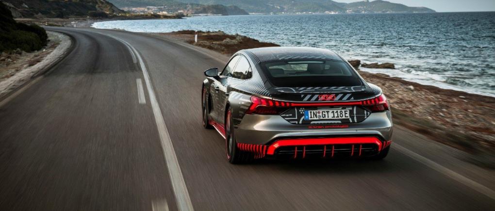 Audi RS e-tron GT 2021 otro deportivo