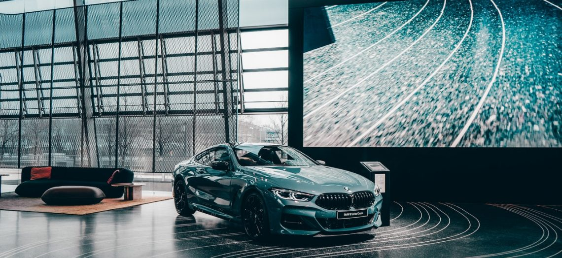 Automóvil de agencia nuevo 2021