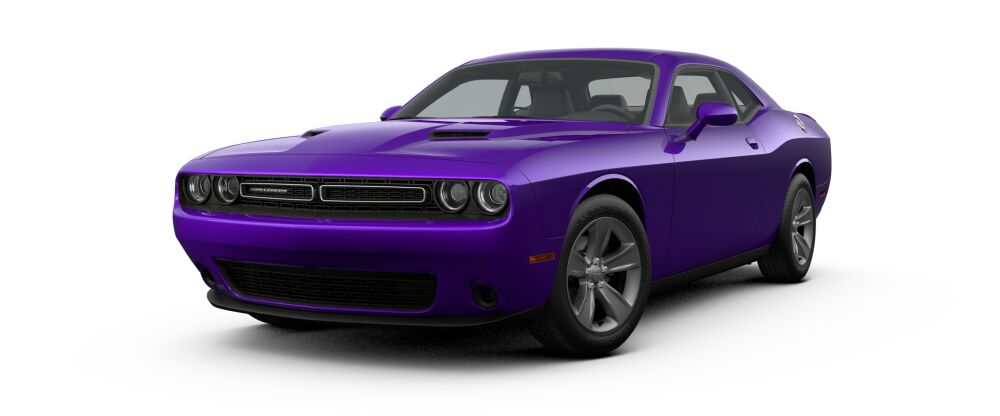 Challenger con un tono de pintura en morado.