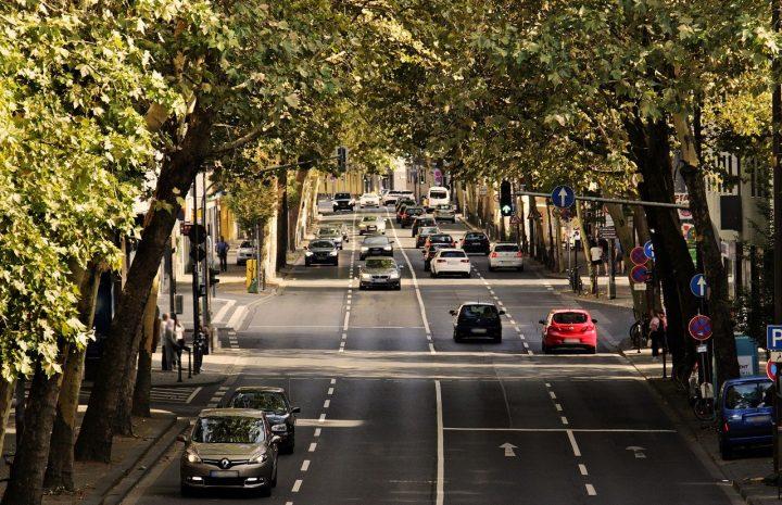 Tips de conducción defensiva y estar seguro